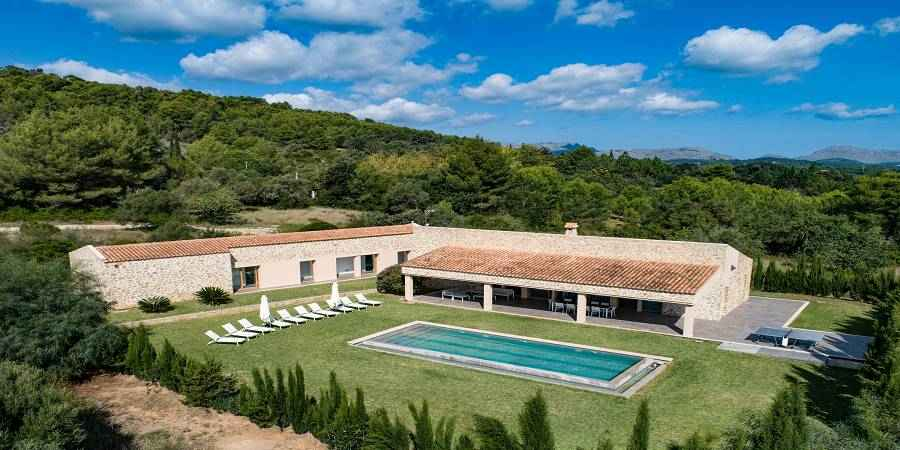Finca in the area of Alcudia with pool, Majorca