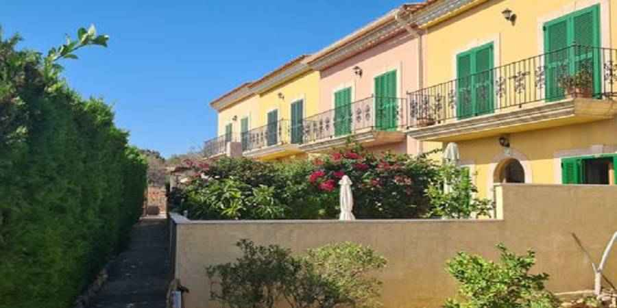 Townhouse with 2 Bedrooms Calonge with Seaview and Pool near Cala Dor