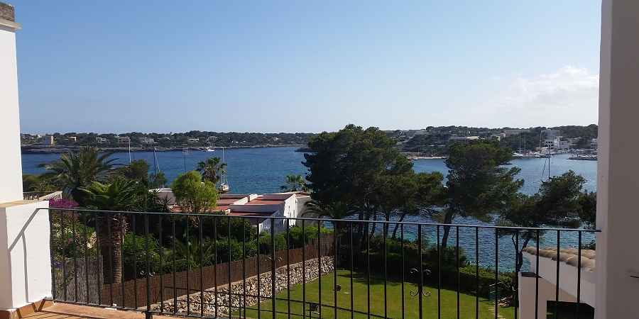 Frontline Villa Porto Petro with sea access and mooring