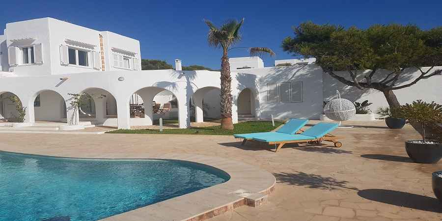 First class unique luxurious villa with sea access in Cala d´or, Mallorca