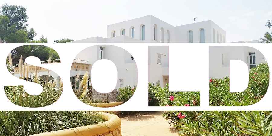 Spacious townhouse over three floors in Cala Egos Cala D'or