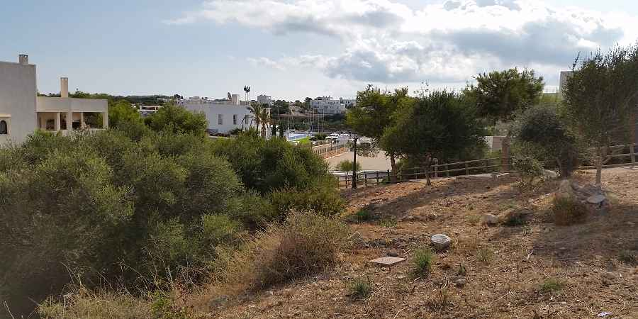 3 Plots with seaview of the Cala d´or Marina each