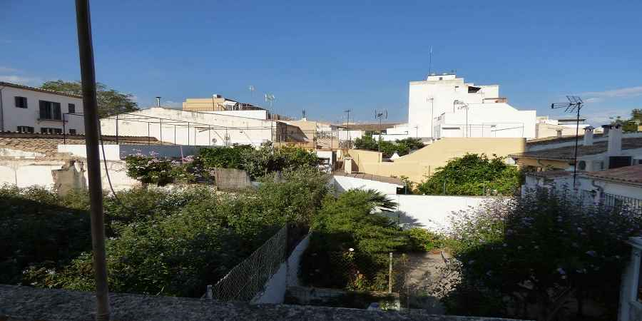 Three bedroom apartment with spacious terrace in Son Espanyolet, Palma