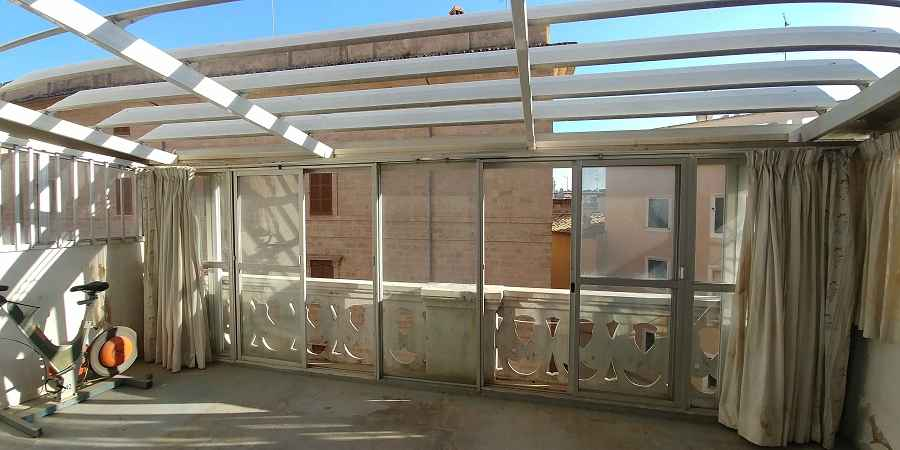 Topfloor apartment in building from 1929 138m2 over two floors, Palma Mallorca