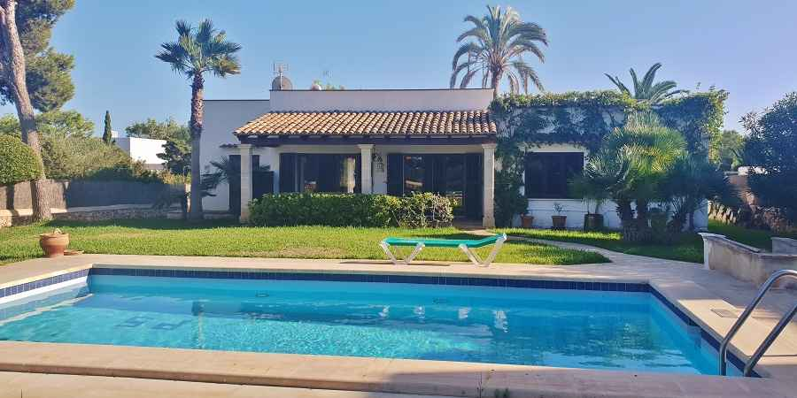 Porto Petro, second line villa with three bedrooms and private pool, for sale