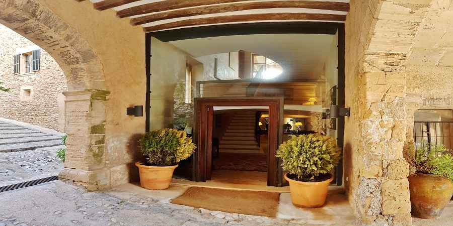 Impressive Manor House with own olive Oil Factory, North Coast Mallorca
