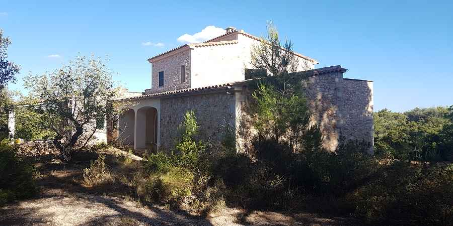 New built Finca in Es Carritxo, situated in a lovely 21.000m2 ground, Mallorca