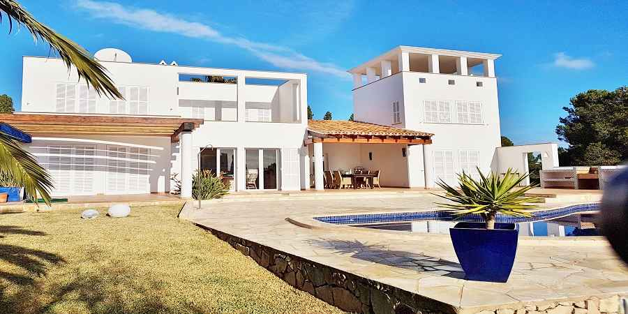 Beautiful second line villa in the most desired area between Cala Egos and Porto Petro